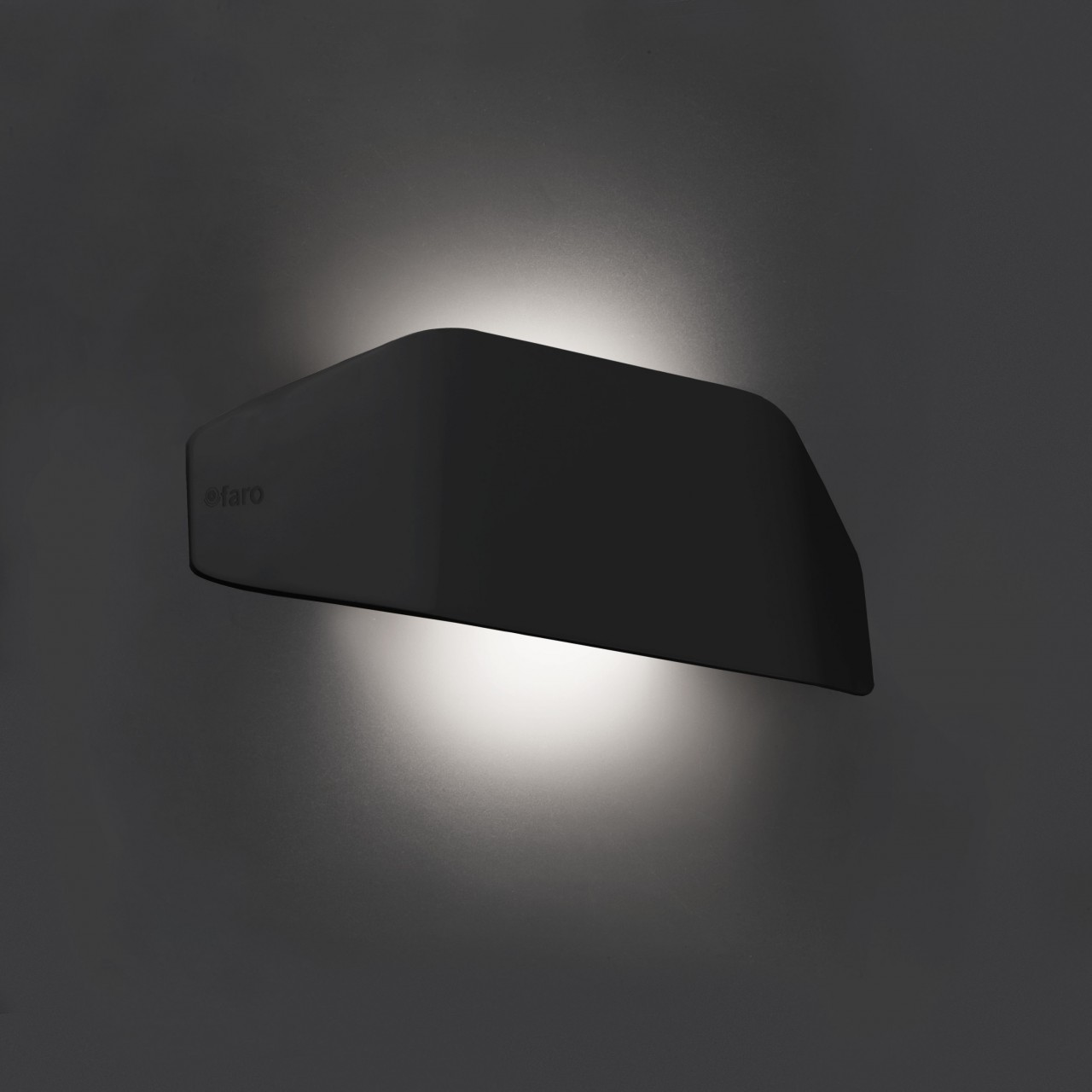 FUTURE Wall lamp
