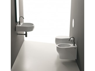 K09 - Close Couple Bidet