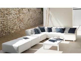 Mirthe Sofa Collection